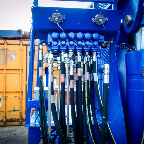 marine-crane-control-valve