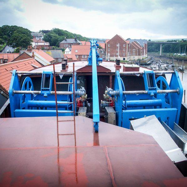 landing-crane-new-vessel