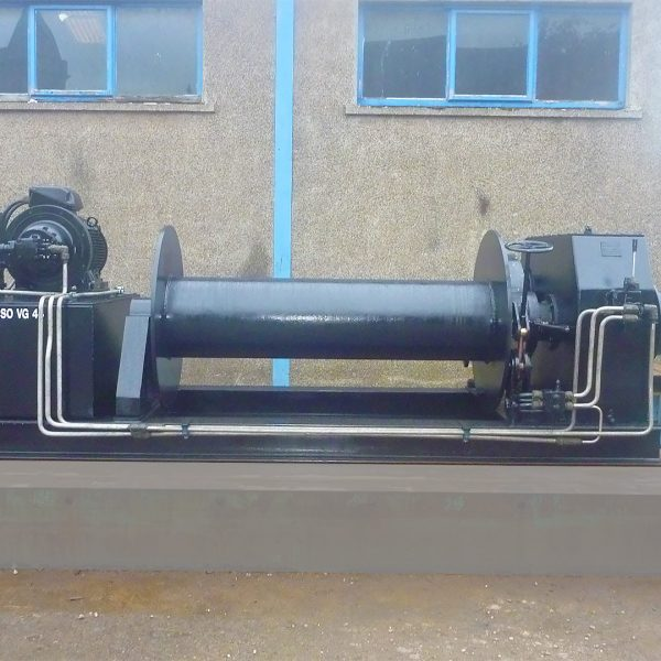 towing-winch
